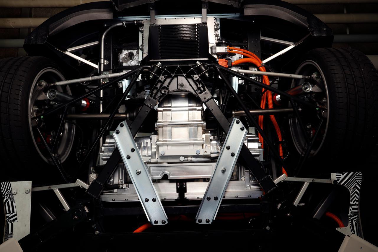 画像2: ヤマハらしい「官能性能」でEVスポーツカーにもピッタリ!