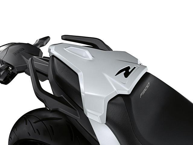 画像12: BMW「F900R」