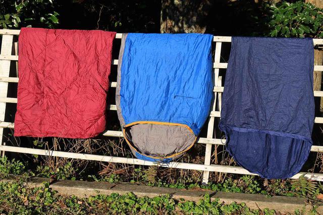 画像1: 寝袋を重ねて、最後にシュラフカバーです。
