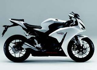 ホンダ CBR1000RR/ABS 2014 年2月
