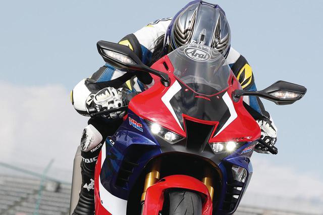 画像1: 【CBR1000RR-R徹底攻略①】ついに日本降臨!! 史上最強CBR、スタンバイ完了!<スタイリング編> - webオートバイ