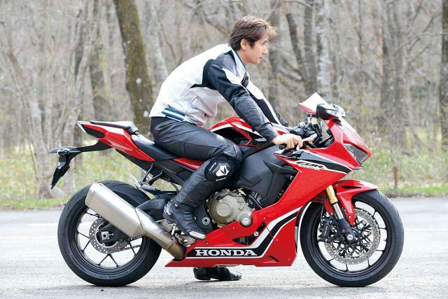 画像2: モデルチェンジしても「乗りやすさ」は常に健在。スロットルバイワイヤ、ABS、トラコンの高い精度が貢献している