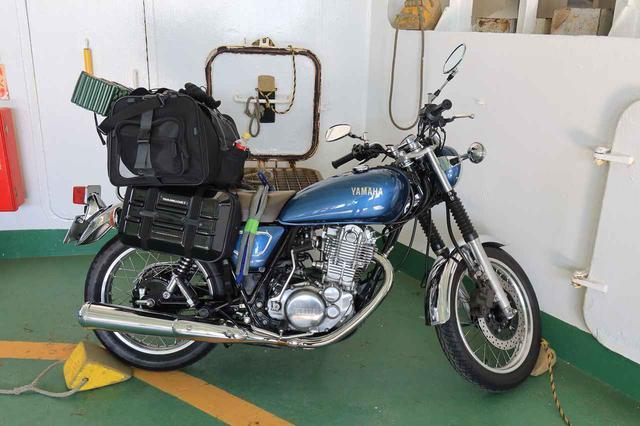 画像8: ヤマハ「SR400」キャンプツーリング・インプレ!積載方法・走り方・実燃費と、SR400だけが持つ魅力を元オーナーが解説