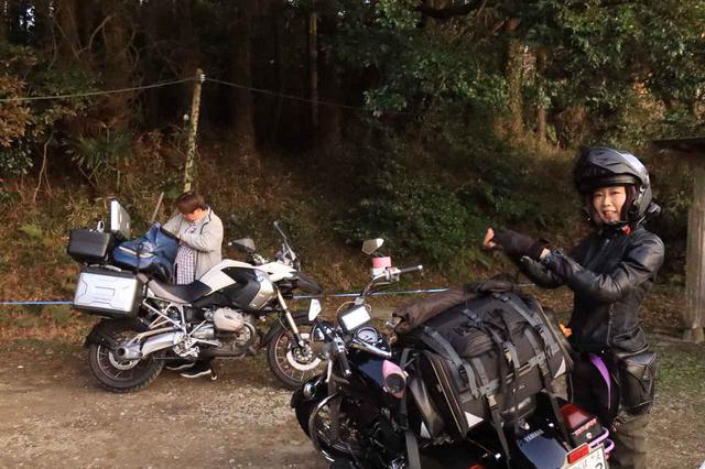 画像14: ヤマハ「SR400」キャンプツーリング・インプレ!積載方法・走り方・実燃費と、SR400だけが持つ魅力を元オーナーが解説