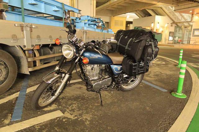 画像: ヤマハ SR400 高速道路の巡航性能