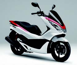 Images : ホンダ PCX Special Edition/150 Special Edition 2016 年 4月