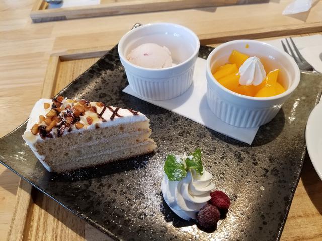 画像7: 最後はカフェ「エス・テラス」でデザート食べてお土産を見よう!