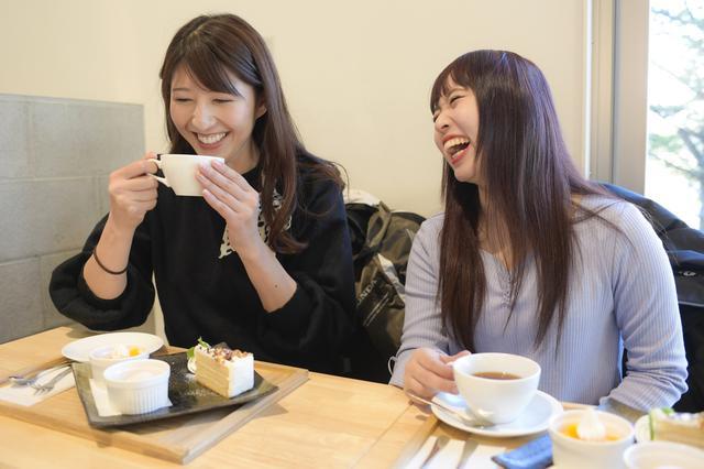 画像9: 最後はカフェ「エス・テラス」でデザート食べてお土産を見よう!