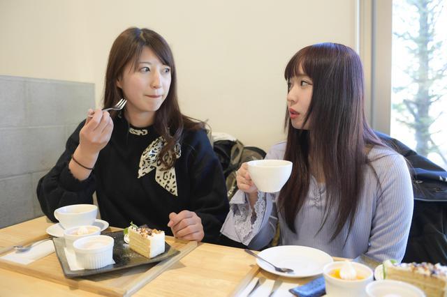 画像8: 最後はカフェ「エス・テラス」でデザート食べてお土産を見よう!