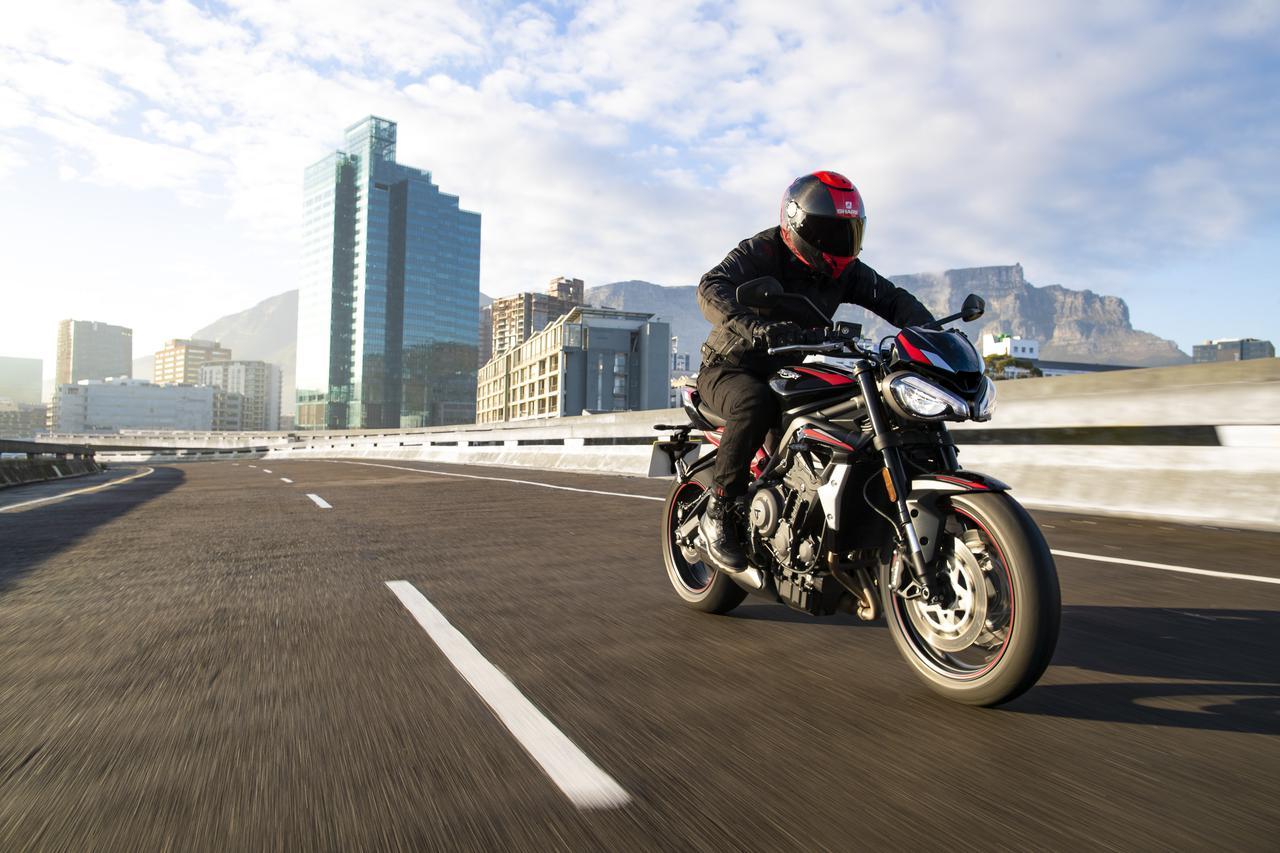 Images : 3番目の画像 - TRIUMPH Street Triple R Lowの写真を全て見る - webオートバイ