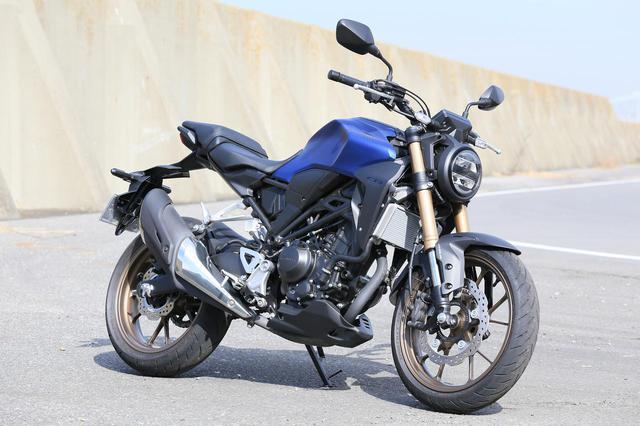 画像: Honda CB250R 排気量:249cc/税込価格:56万4,300円