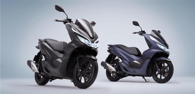 画像: (左)PCX150 ABS、(右)PCX