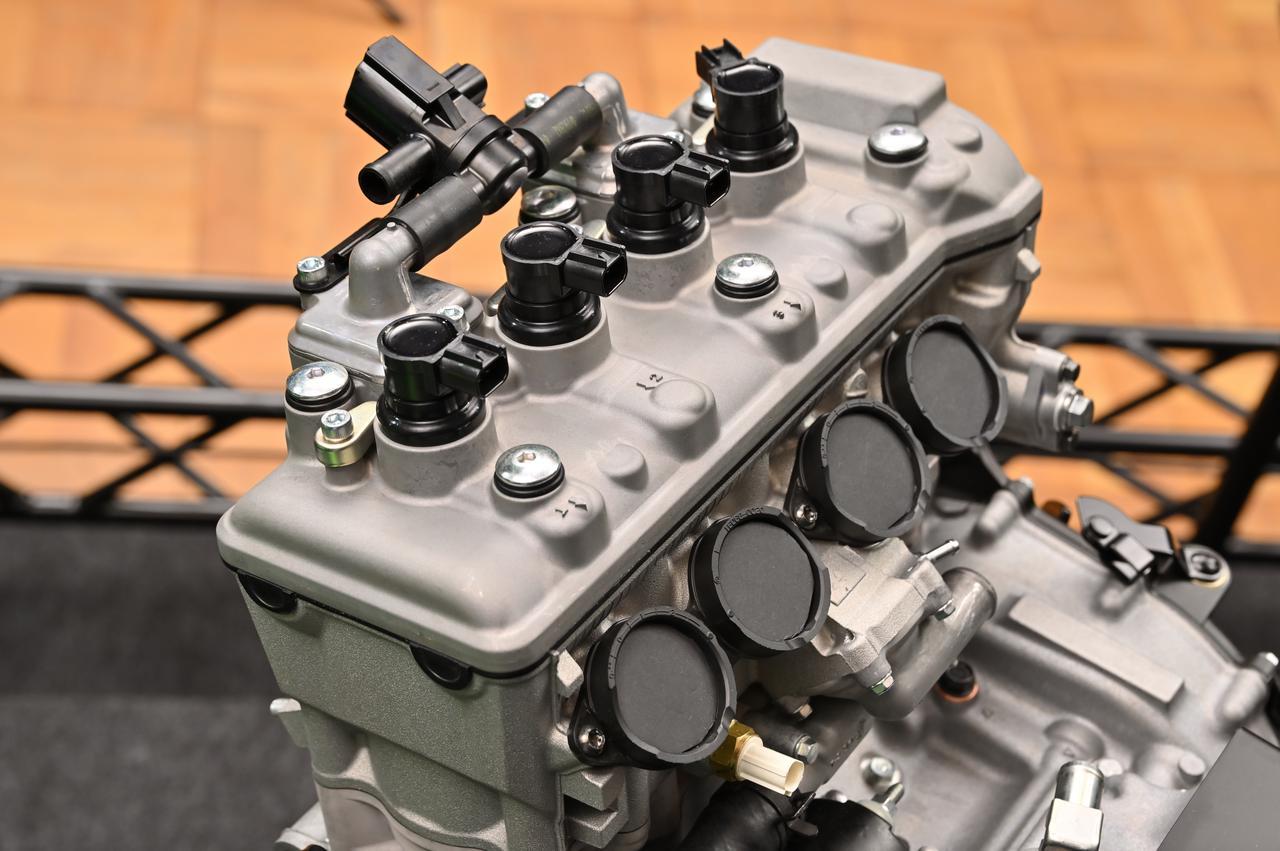 画像5: 話題沸騰のZX-25Rのエンジンの実物をどこよりも早く見れる!