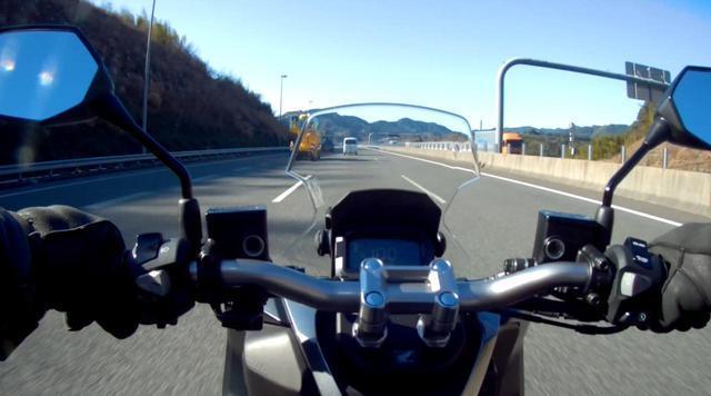 画像1: 新東名高速の120km/h区間へ