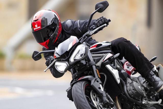 画像: 【新車】より乗りやすく生まれ変わったトライアンフの新型ストリートファイター 「STREET TRIPLE R Low」が2020年春に発売! - webオートバイ