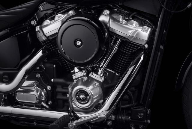 画像: 1746ccのミルウォーキーエイト107エンジンは、パワフルかつスムースでハーレーらしい鼓動感を楽しめるエンジン。
