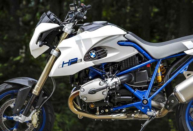 画像: BMW HP2 Megamoto「BMW製、水平対向の怪物」【カメラマン 柴田直行/俺の写真で振り返る平成の名車】第14回(撮影2007年) - webオートバイ