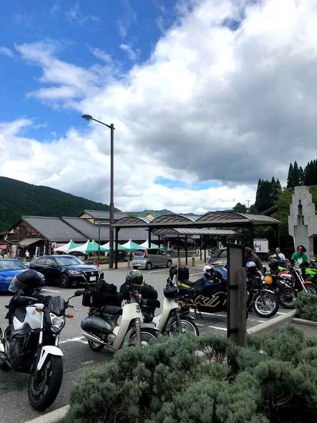 画像: 三河地方でバイクの集まる道の駅といえば、愛知県豊田市武節町にある「どんぐりの里いなぶ」。ここで小休止。カブは我らしかいなかった。