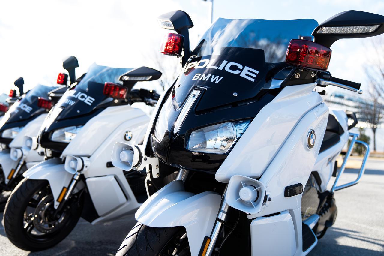 画像: 初の電動白バイ! 初の輸入車の警察車両! BMWが「C evolution」を警視庁に納入、お披露目は3月1日(日)の東京マラソン2020 - webオートバイ