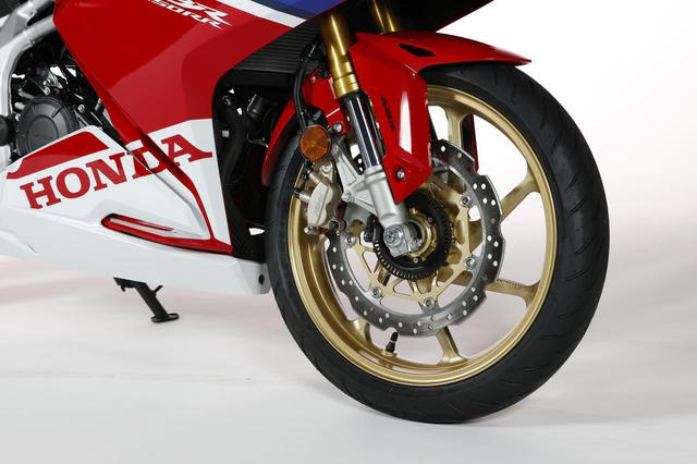 画像1: ホンダ新型「CBR250RR」最新情報! カラーチェンジとともに、250cc・2気筒スーパースポーツはさらなる進化を遂げている?