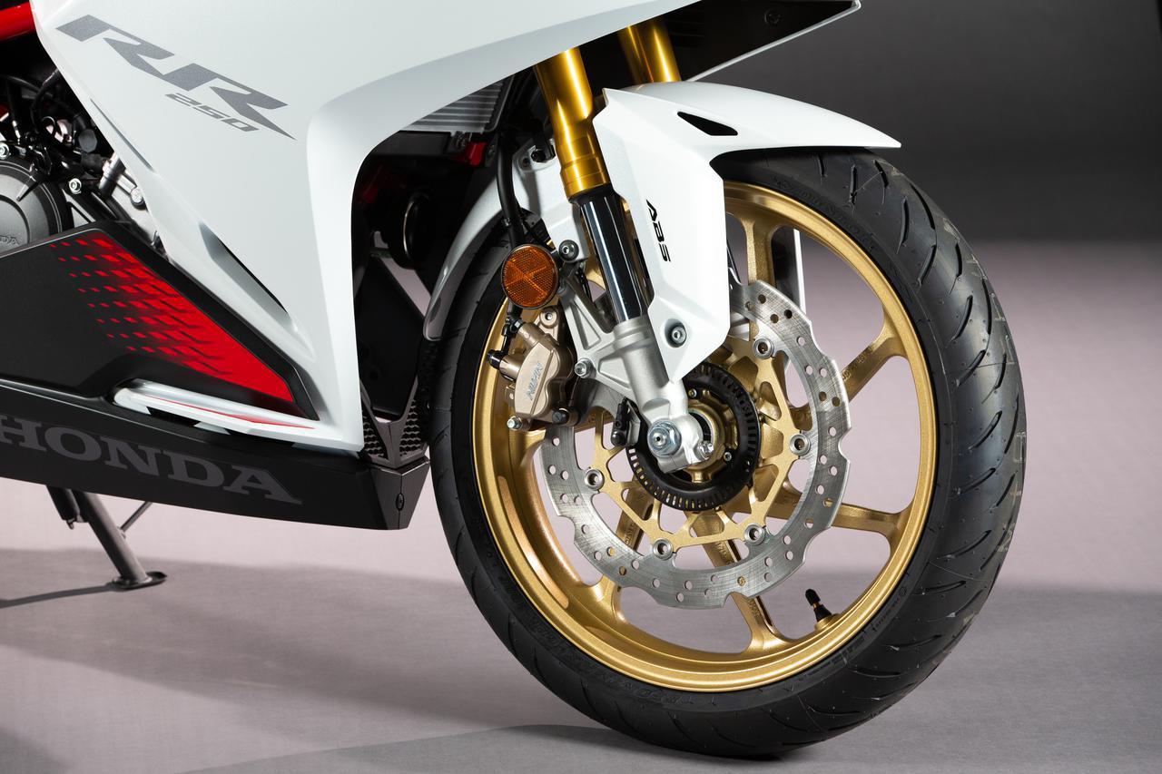 画像2: ホンダ新型「CBR250RR」最新情報! カラーチェンジとともに、250cc・2気筒スーパースポーツはさらなる進化を遂げている?