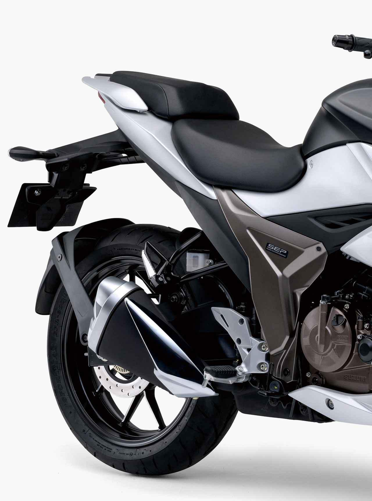 画像6: 【驚きの40万円台】スズキ「ジクサーSF250」「ジクサー250」の価格と発売日が決定! 油冷単気筒250ccがいよいよ国内デビュー