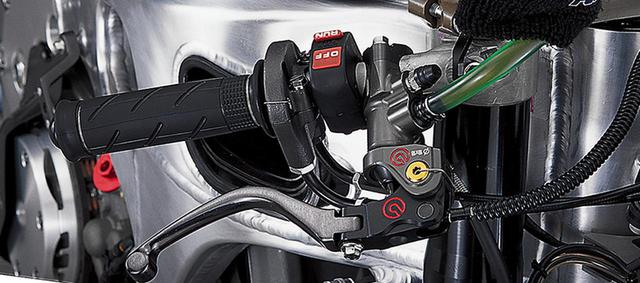 画像1: 【MotoGP創成期】HONDA RC211V(2006)徹底解剖<No.02> ニッキー・ヘイデンのために開発されたスペシャルマシン