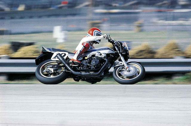 画像: ホンダCB伝統の「銀×青」、通称〈スペンサーカラー〉を解説! CB750Fとフレディ・スペンサーが生んだ伝説 - webオートバイ