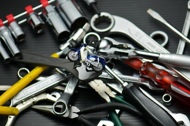 画像1: ホンダSUPER CUB50/70/90の工具を考える① 日常使いのメンテナンス工具編〈若林浩志のスーパー・カブカブ・ダイアリーズ Vol.6〉 - webオートバイ