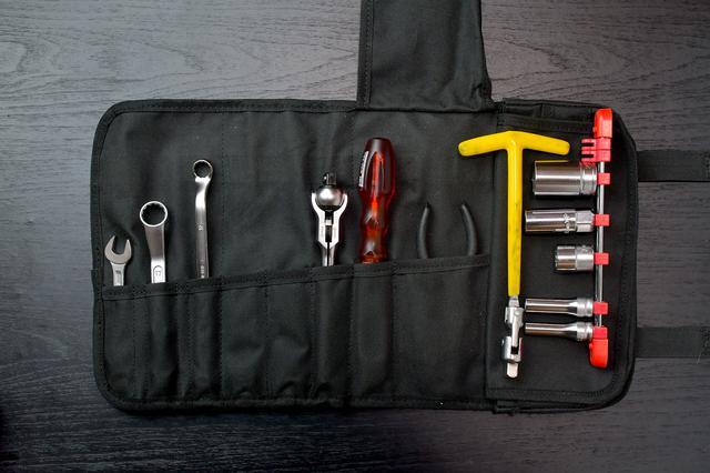 画像3: ホンダSUPER CUB50/70/90の工具を考える③ 工具収納編。ツールロールは工具巻き〈若林浩志のスーパー・カブカブ・ダイアリーズ Vol.8〉
