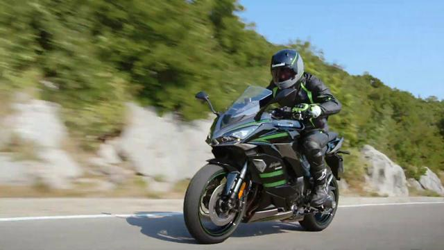 画像: New Kawasaki Ninja 1000SX - MY20 Official Video www.youtube.com