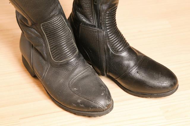 画像6: 革製品の簡単お手入れ方法はこれで完璧! 専門家に聞いたレザージャケット・ブーツ・グローブのメンテナンス術