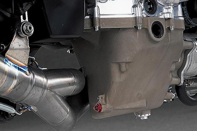 画像3: 990cc最終型のYZR-M1を徹底解剖