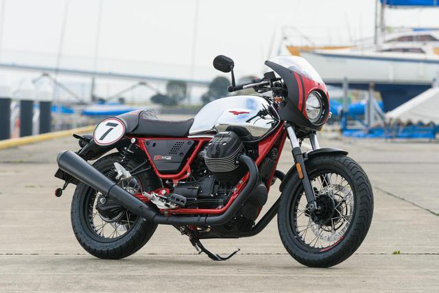 画像1: 記念モデル、MOTO GUZZI「V7Ⅲ RACER 10th ANNIVERSARY」