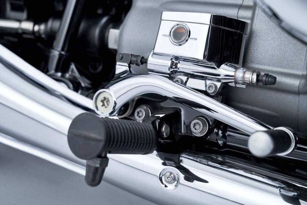 画像8: BMWの新型クルーザー「R18」が正式発表!1800ccの史上最大ビッグボクサーエンジンの詳細が明らかに!