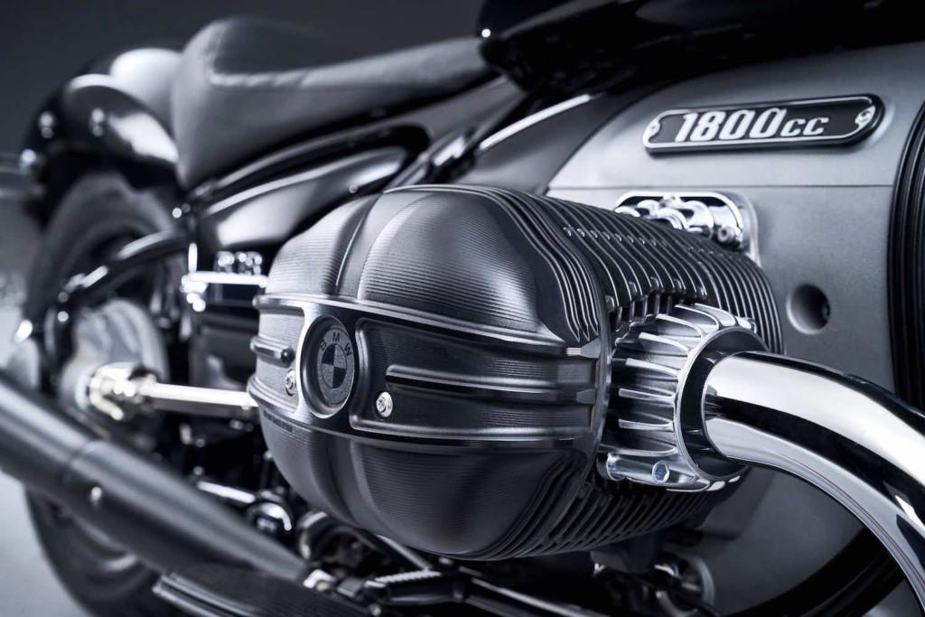 画像17: BMWの新型クルーザー「R18」が正式発表!1800ccの史上最大ビッグボクサーエンジンの詳細が明らかに!