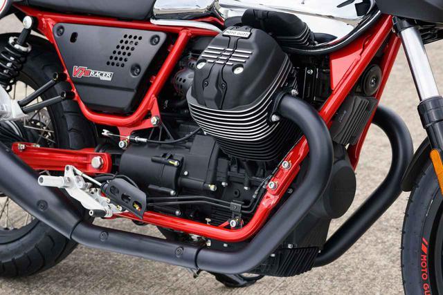 画像: エンジンは伝統の空冷4ストOHV2バルブ90°V型2気筒。総排気量は744cc。