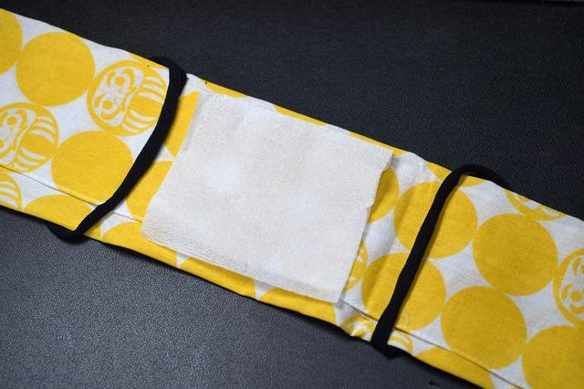 画像: さらに防御力を上げたいときは、不織布とかいれると良いかも。手元にあったキムワイプいれてみた。
