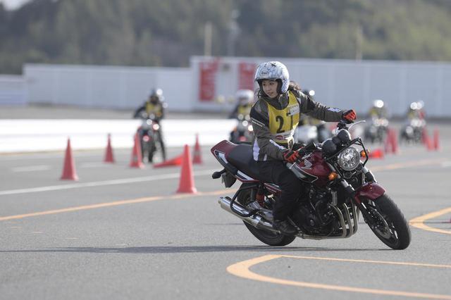 画像1: Honda CB400 SUPER FOUR 主なスペック・価格