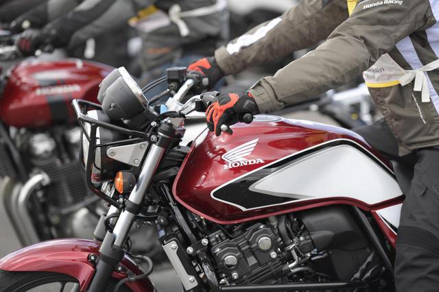 画像2: Honda CB400 SUPER FOUR 主なスペック・価格