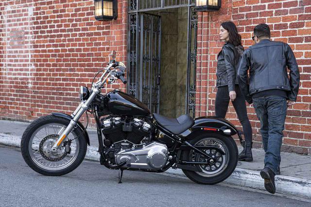 画像: 【新車】ハーレーのソフテイルファミリーに「ソフテイル スタンダード」が登場! シンプルなデザインでカスタムベース車としても最適です! - webオートバイ