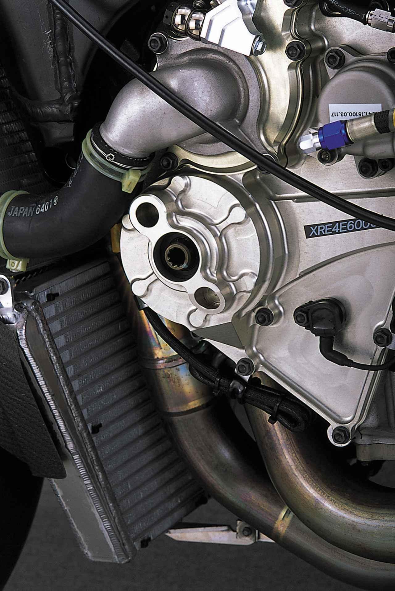 画像5: ニューマチックバルブスプリングを採用し、シリンダー挟み角を広げたエンジン