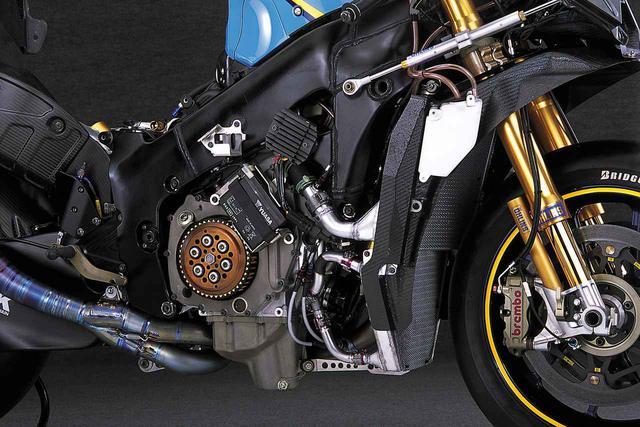 画像3: ニューマチックバルブスプリングを採用し、シリンダー挟み角を広げたエンジン