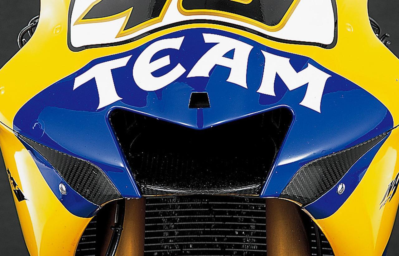 画像: 【MotoGP創成期】YAMAHA YZR-M1(2006)徹底解剖<No.02>「ヤマハ時代のロッシが駆けた990cc最終型のYZR-M1」 - webオートバイ