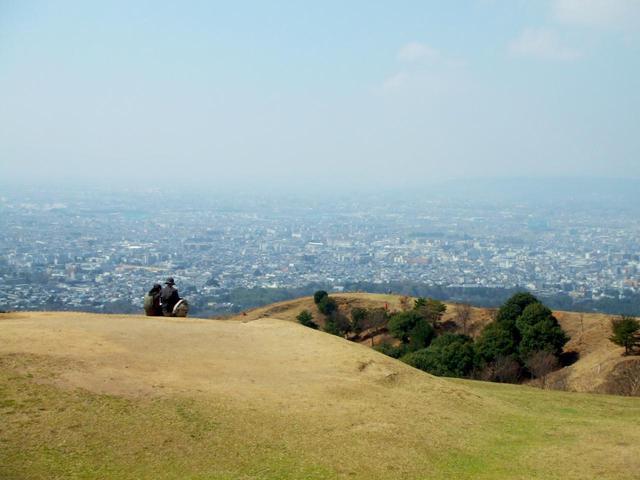 画像: ⑨ 奈良県「若草山」