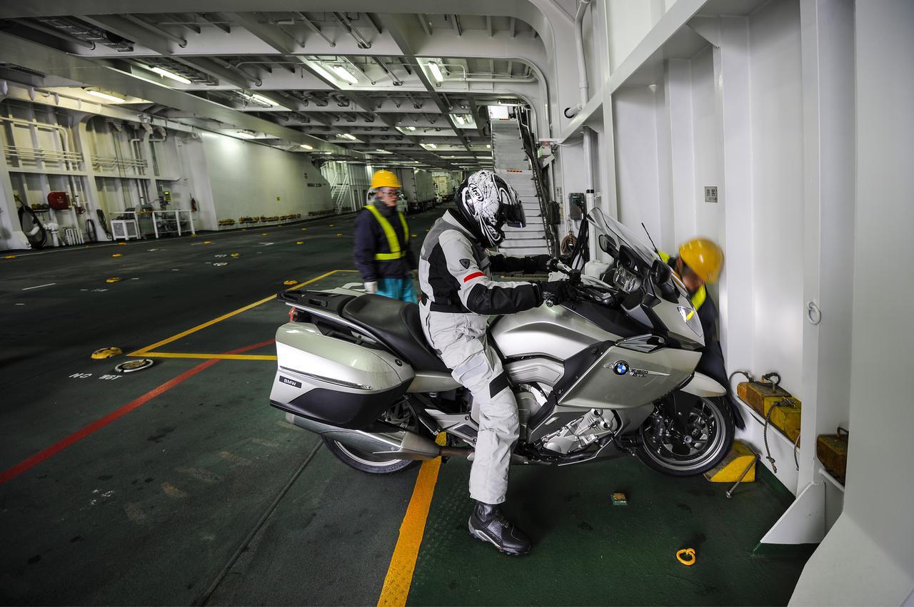 画像2: 九州最南端へ弾丸1500kmツーリング〈後編〉【カメラマン柴田直行/俺の写真で振り返る平成の名車】第28回 BMW「K1600GTL」(撮影2012年)