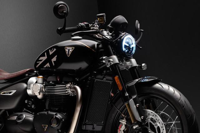画像: トライアンフ新型車「ボンネビル ボバー TFC」 - webオートバイ