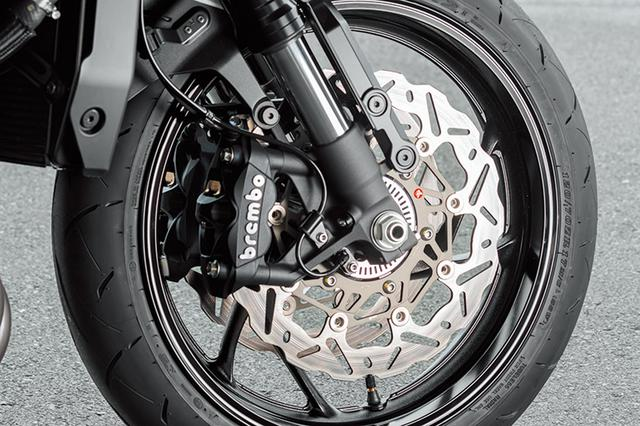 画像: 制動力の向上や耐熱ヒズミなど多くのメリットを持つウェブタイプのブレーキローター。その第2世代としてブレーキ性能と高いコントロール性を実現したブレーキング製SK2ローターは、その軽量性も特長でバネ下重量軽減に貢献するものだ。