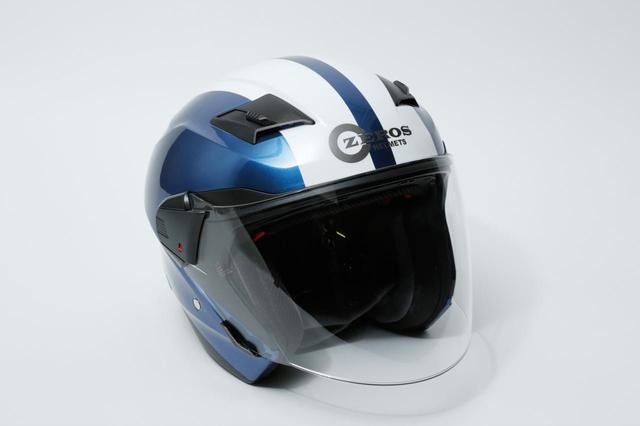画像: レッドバロン プライベートブランドのヘルメット「ゼロスヘルメット ツートン」。 帽体素材は軽量で丈夫なABS樹脂。スクーターのヘルメットスペースにも収まりやすい形状だ。