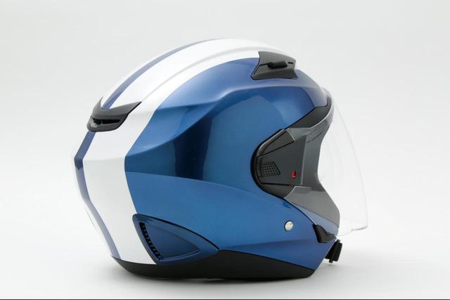 画像: 複数のリブを入れることで剛性を高め、帽体デザインもシャープな仕上がりになっている。